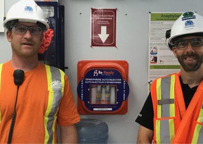 Emergency kit in Omya Canada Inc.